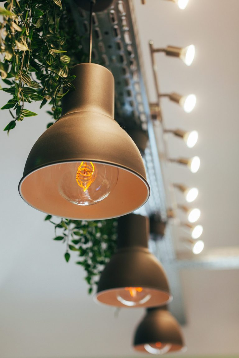5 Amazing Lighting Tips to Help You Sell Your Home in Essex